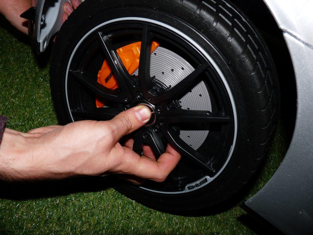 roue de mercedes électrique pour enfant