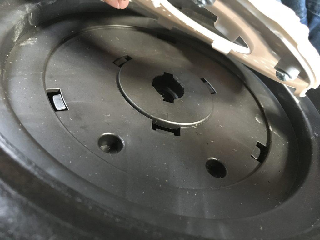 monter disque sur roue mercedes gle 12 volts enfant